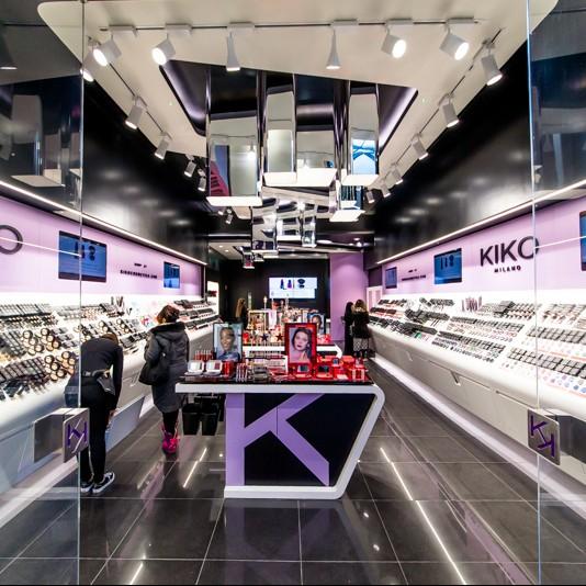 T&B (Contractors) Ltd - Kiko, Broadway Shopping Centre, Bradford 16th November 2015Photo:  - Richard Washbrooke Photography