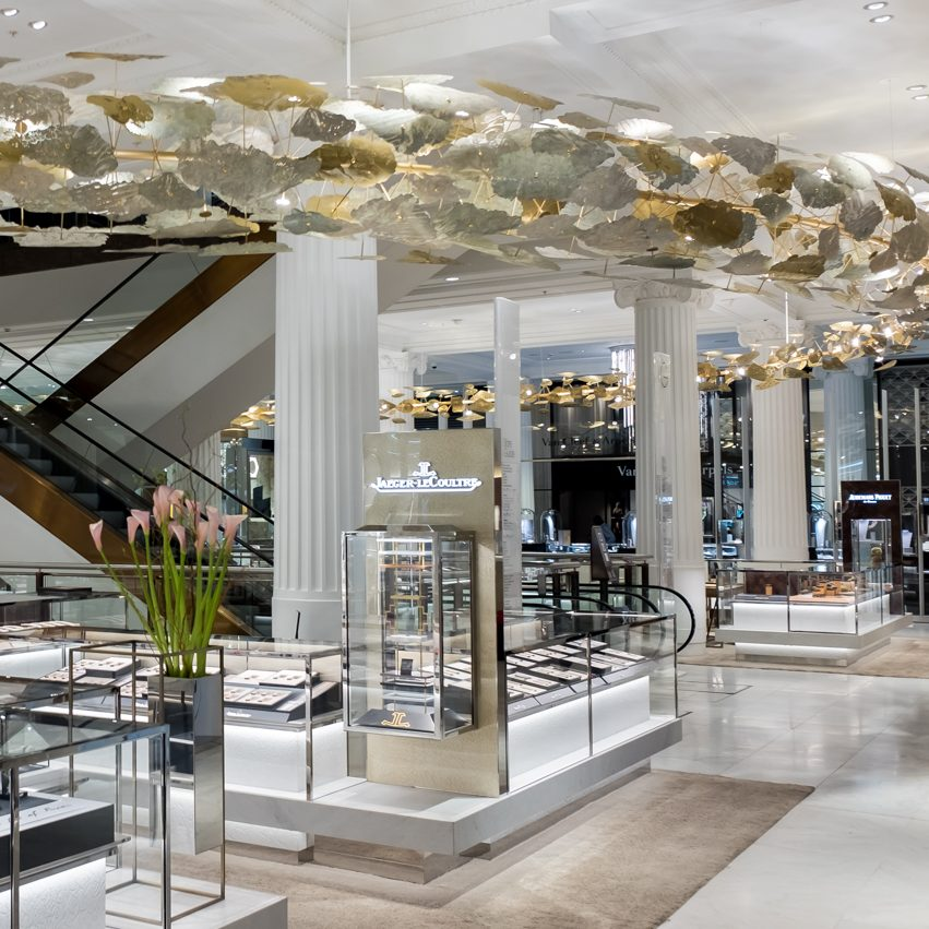 T&B (Contractors) Ltd - Selfridges - Private Sales and Lighting Feature  3rd May 2017