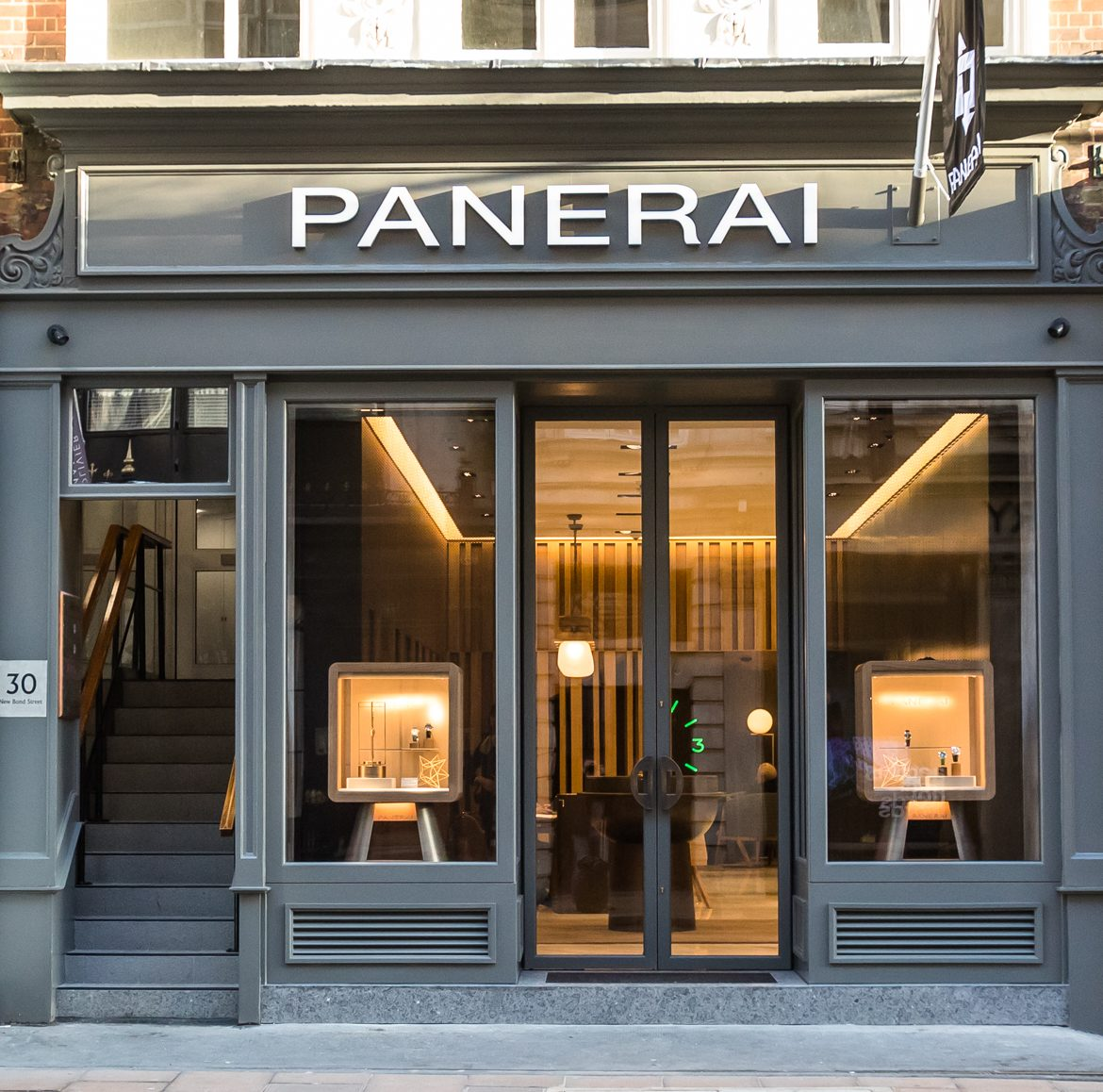 T&B (Contractors) Ltd - Panerai, 30 New Bond Street, London W1S 2RW  19th December 2017